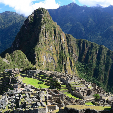 Machu Picchu, the breathtaking Inca citadel and a wonder of the world (Cusco)