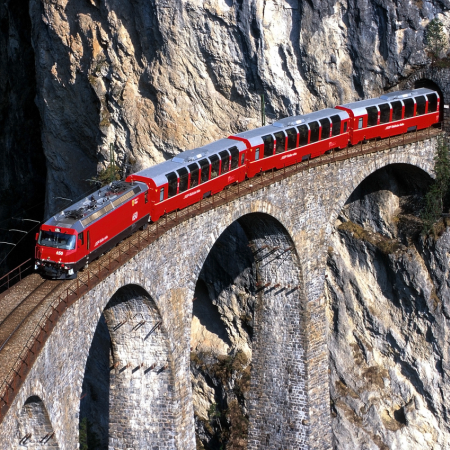 Unforgettable and breathtaking train rides with the panoramic trains
