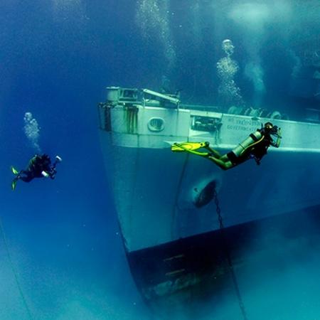 Scuba the Kittiwake Shipwreck, Amphitrite or the mysterious Devil's Grotto.