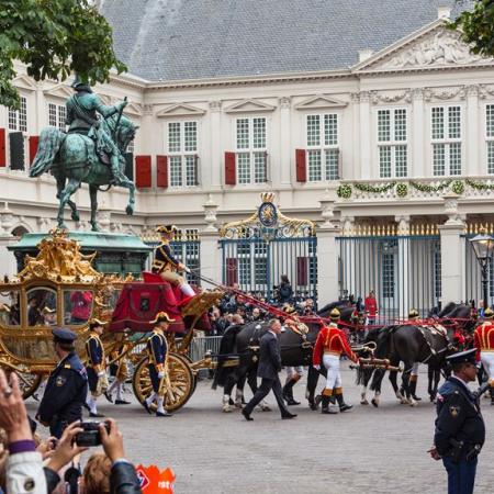 A Royal Tour through The Hague.