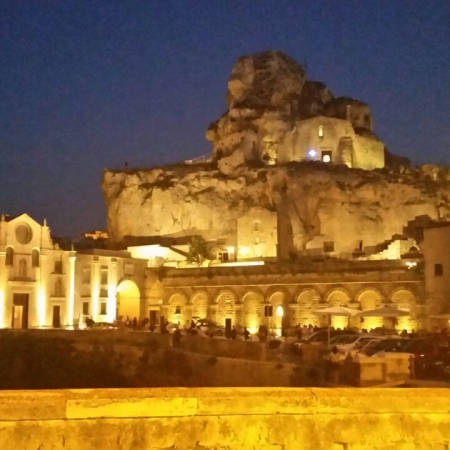 Matera: discover the Sassi by night