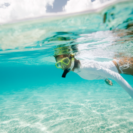 Snorkel or scuba diving in the pristine waters of Mozambique